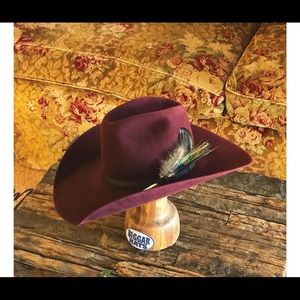 Accessories - Custom Biggar Cowgirl Hat